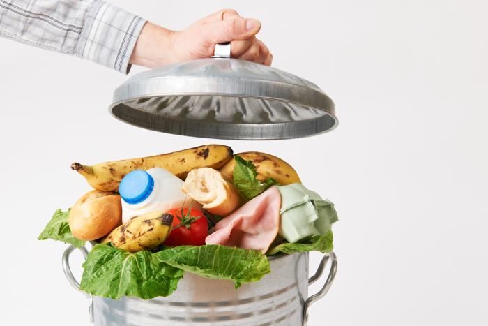 研究:食物废料用于家禽饲料可减少对环境的影响