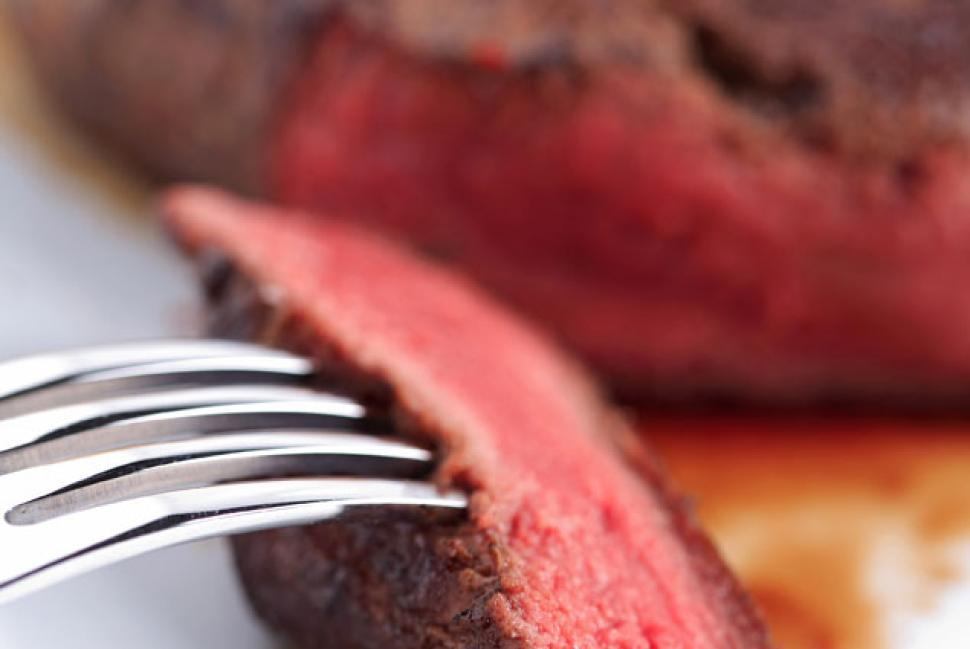 研究:红肉过敏原与心脏病有关