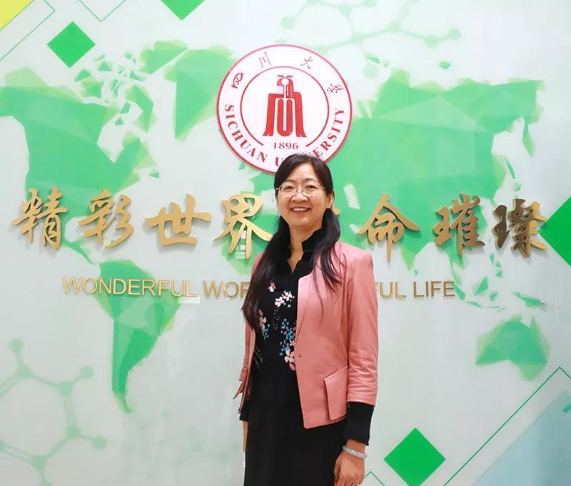 """蛋鸡细菌病防控系统创新 —— """"中国蛋鸡十年""""王红宁专访"""